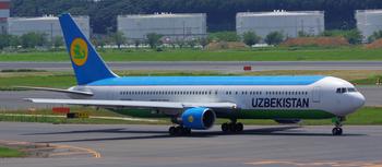UZB_B767-300ER_67006_0001.jpg